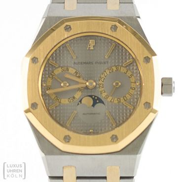 Audemars Piguet Royal Oak Day Date Moonphase Ref. SA25594